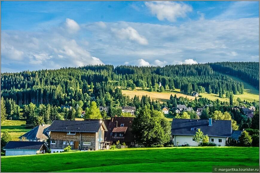 Фалькау разбросана по холмам вокруг самой высокой горы Верхнего Шварцвальда Фельберг