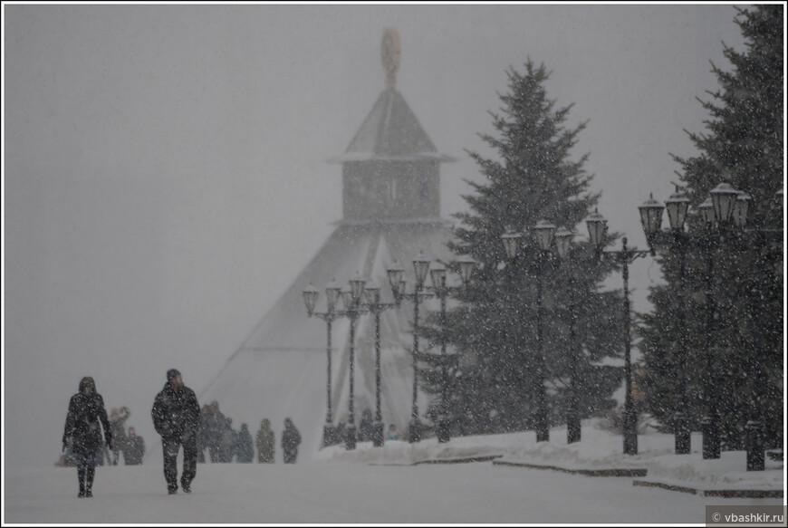 В Кремле снежно...