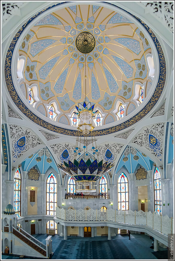 Интерьер мечети Кул-Шариф.