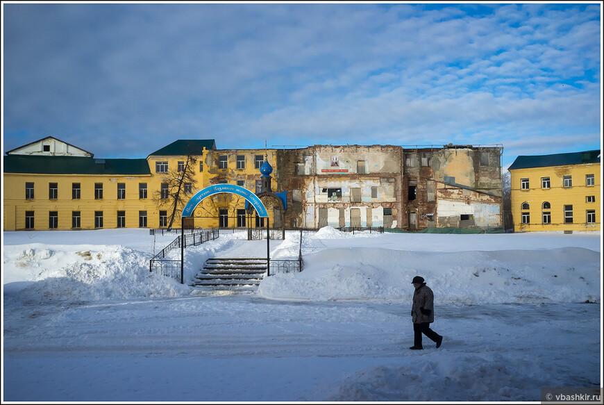 Место обретения Казанской иконы Богородицы.