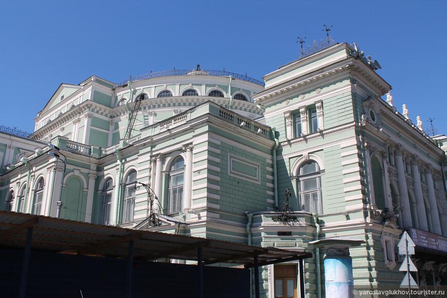 Мариинский театр — известнейший и главный театр Санкт-Петербурга. Театр был основан в 1783 году.