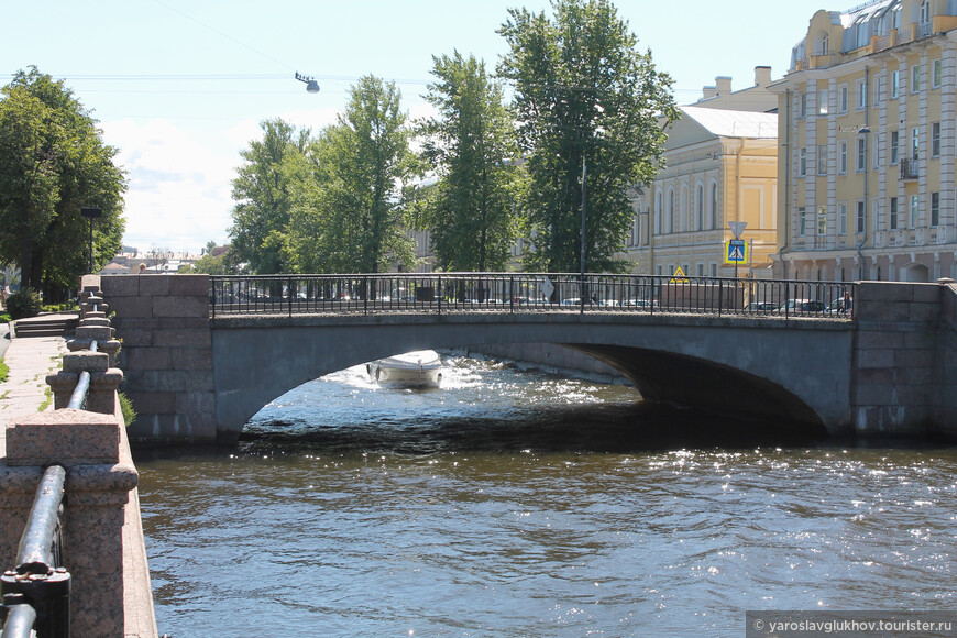 Кашин мост через Крюков канал.