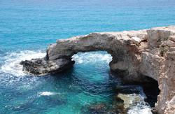 Кипр вошел в пятерку стран, куда россияне будут летать чаще в 2016 году