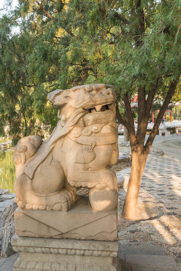 Ну а как же без таких,китайских скульптур?