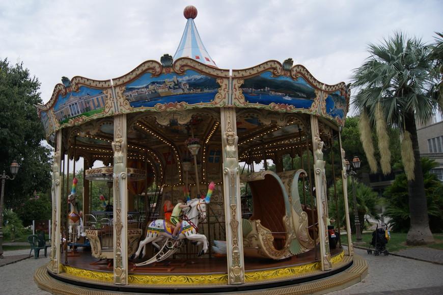 Вот такое развлечение можно встретить почти в каждом городе Côte d'Azur.