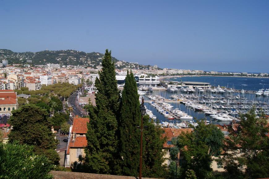 Вид на город с высоты квартала Ле Сюке.