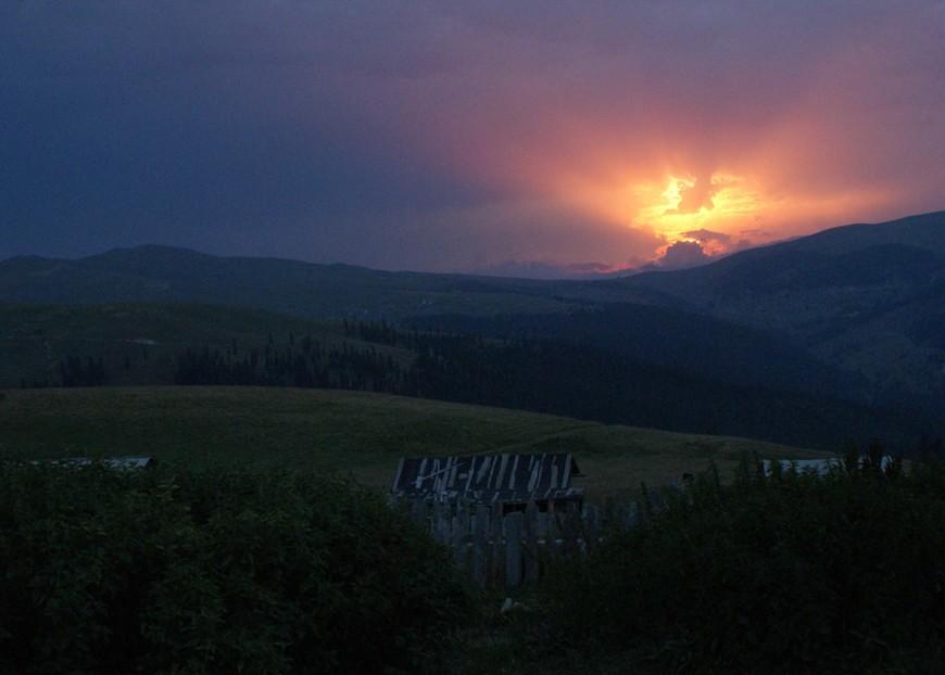 Закат! Замечательный  пейзаж!