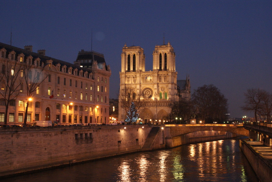НотреДам, катедраль Париж.