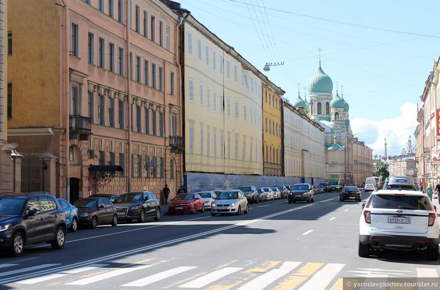 Наш путь лежит по проспекту Римского-Корсакова.