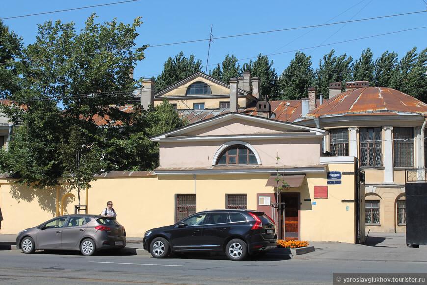 Сооружения Александровской больницы.