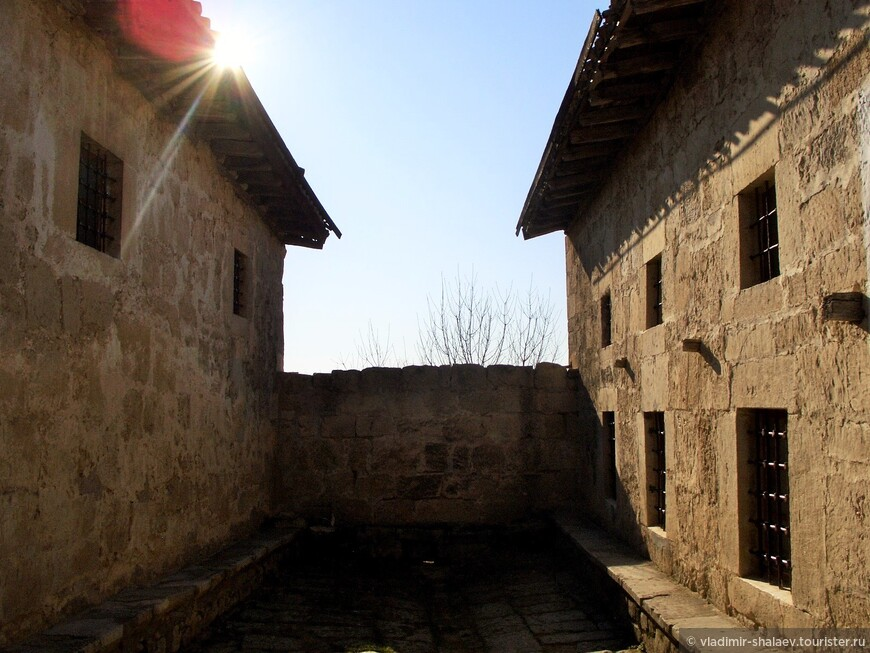 Малая и Большая кенассы - молитвенные дома караимов.
