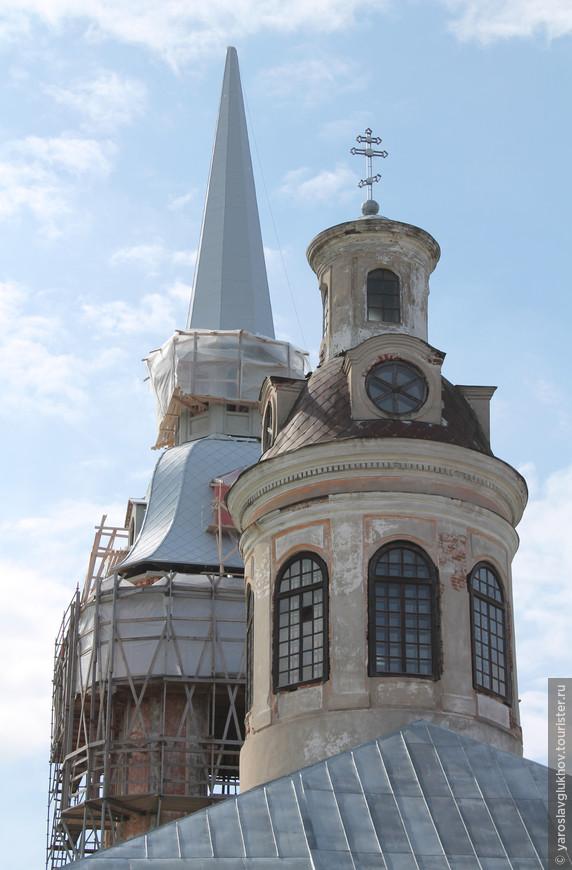 С 1991 года идёт реставрация собора, которая ещё не закончена.