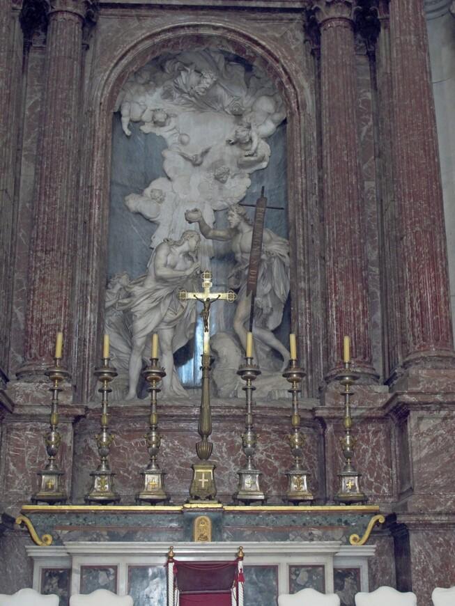 В базилике Сан Джованни Баттиста деи Фиорентини