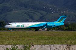 Самолет Bek Air аварийно сел в Астане с неисправным шасси