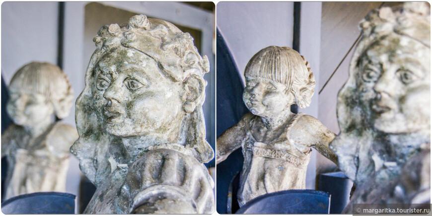 Танцуют 5 фигур детей довольно крупного размера. Они вращаются вокруг посоха и митры, эмблем Святого Николая, покровителя прихода Шлухзее.