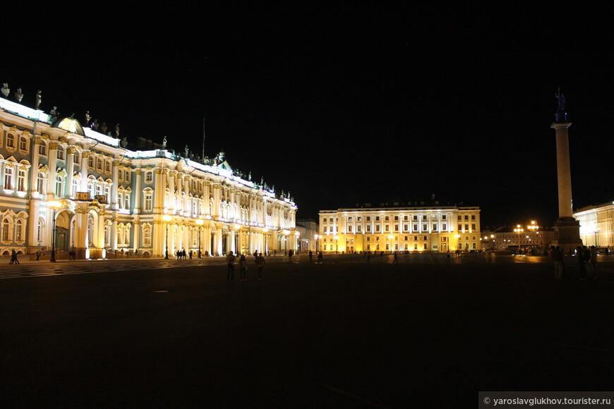 Шикарная подсветка центра города.