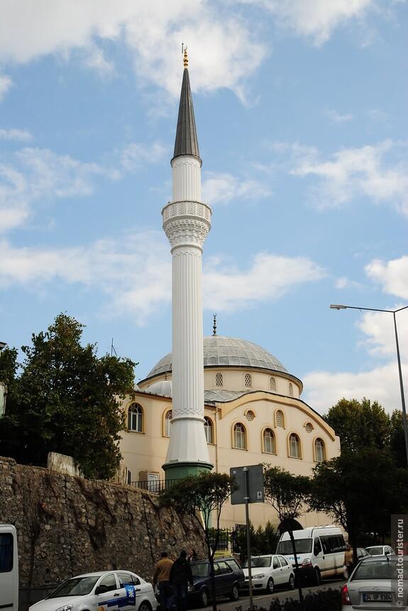 Еще одна неопознанная мечеть...
