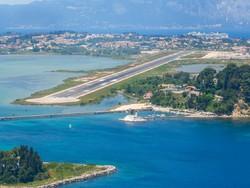 Завтра аэропорты Греции будут закрыты