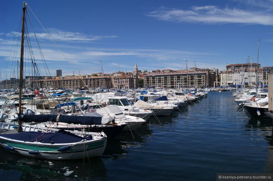 Старый порт Марселя является одним из крупнейших портов, расположенных на Средиземном море. Основан он был еще греками в 600  году до нашей эры!