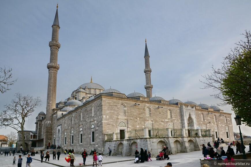 Мечеть Фатих (Fatih Camii)