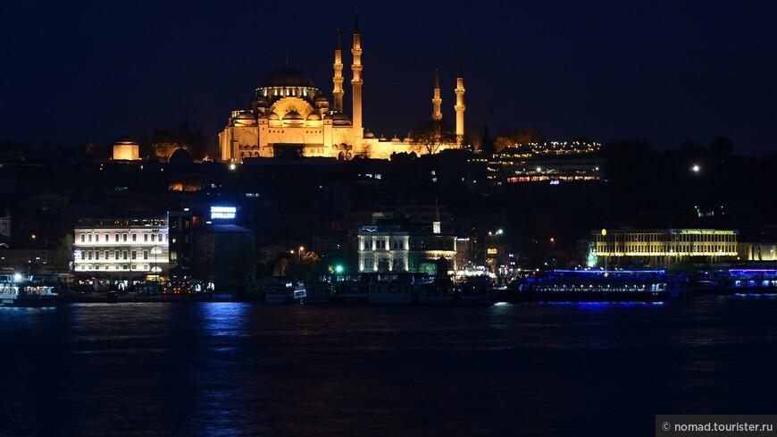 Вид на мечеть Сулеймания.