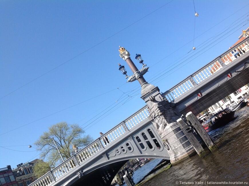 Мосты, так напоминающие Питер..