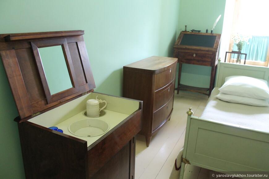 Во так выглядела комната Пушкина-лицеиста.