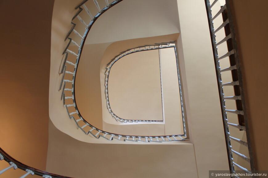 Вот такое у меня получилось знакомство с Мемориальным Музеем-Лицеем А. С. Пушкина в Царском Селе.