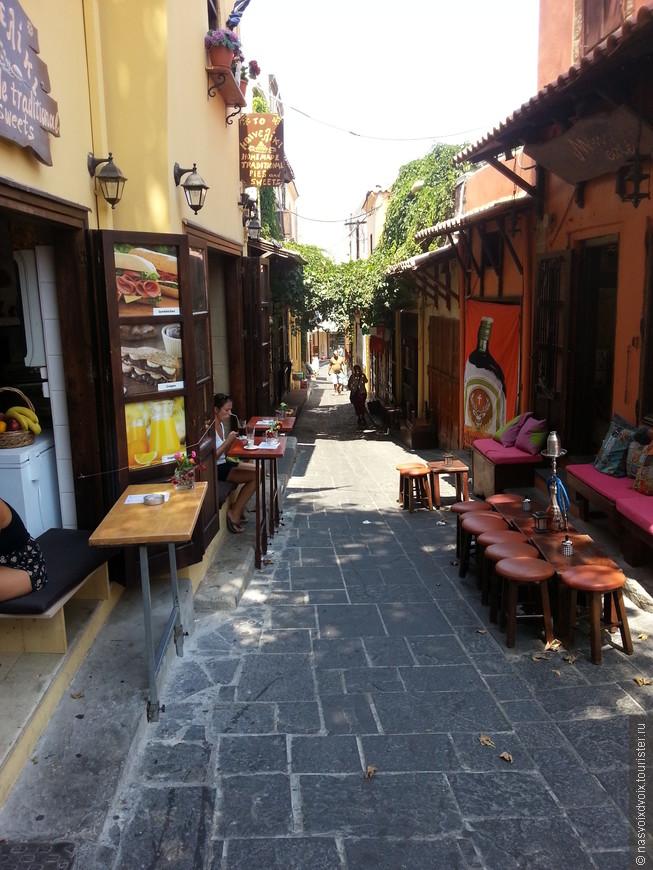 Уютные уличные кафе Старого Города