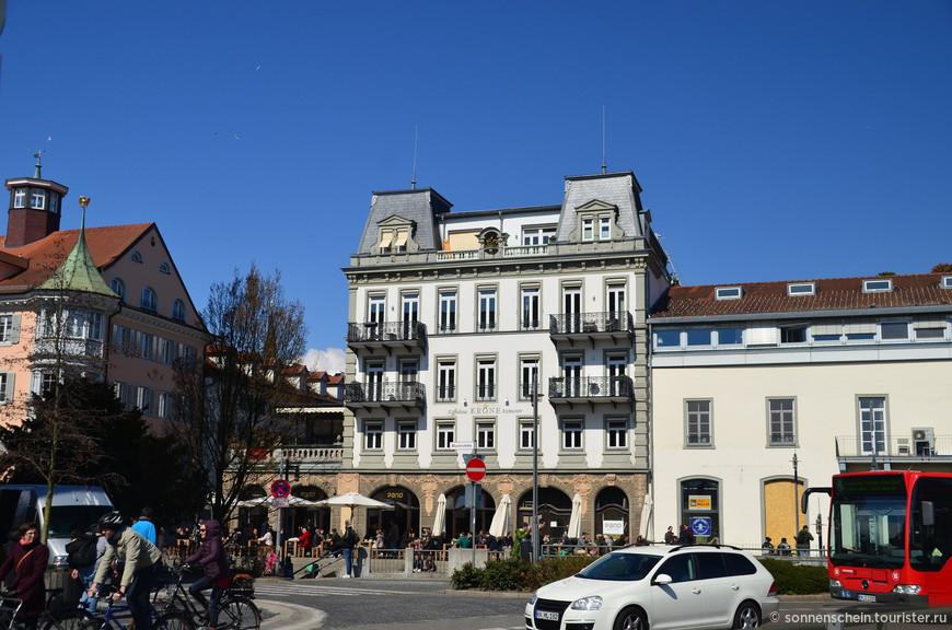 Швейцарцы заглядывают в соседний Констанц сэкономить в местных магазинах и ресторанах.