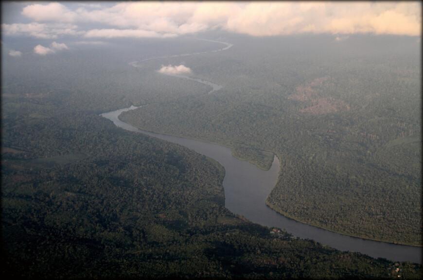 Южная часть Камеруна. Река Дибамба. Длина 150 км.