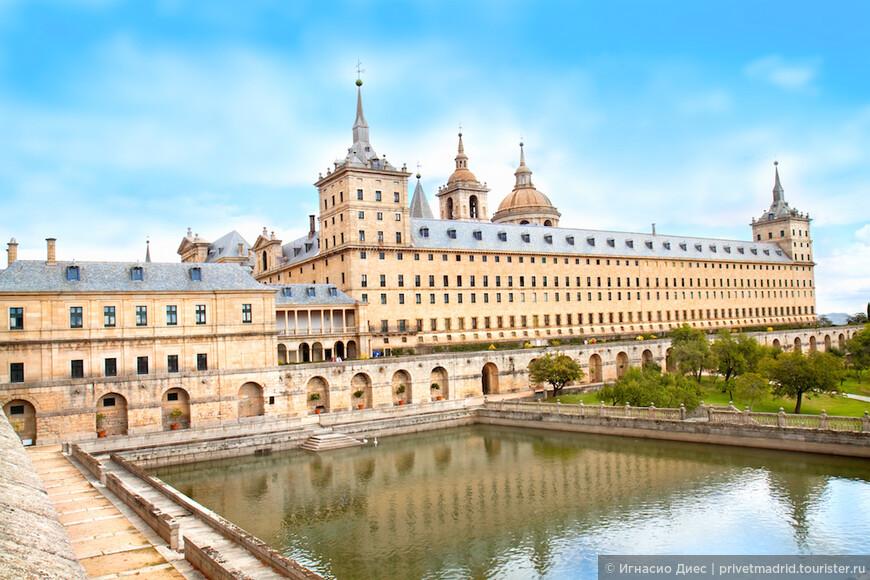 Могущественный королевский дворец