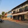 Обычная центральная улица Луангпрабанга