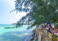 rawai-beach-boats7.jpg