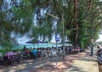 beachfront-thai-seafood-restaurants-rawai11.jpg