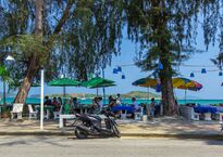beachfront-thai-seafood-restaurants-rawai14.jpg