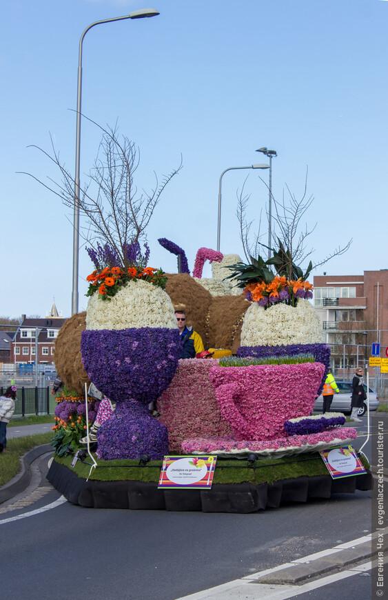 Каждая скульптура состоит из сотен тысяч цветов