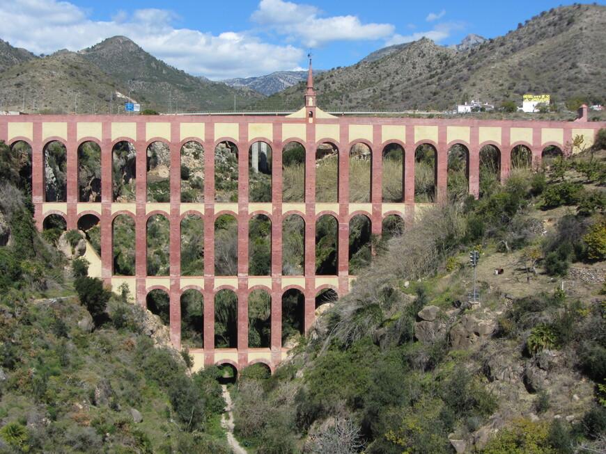 Acueducto del Aguila крупным планом