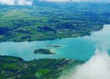 Озеро Эгебелет в Савойе, Франция.