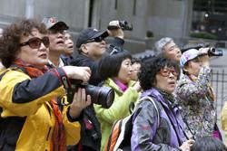 Китайский магнат привез на отдых в Испанию 2500 своих сотрудников
