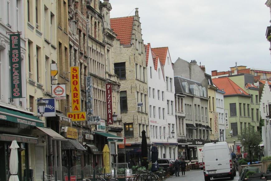 На улицах Антверпена.