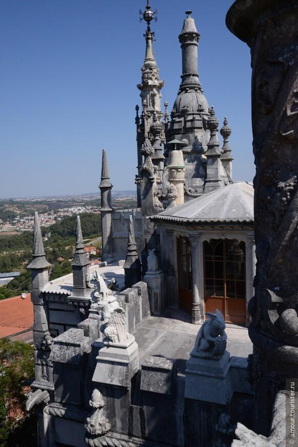 Крыша Дворца Ригалейра.