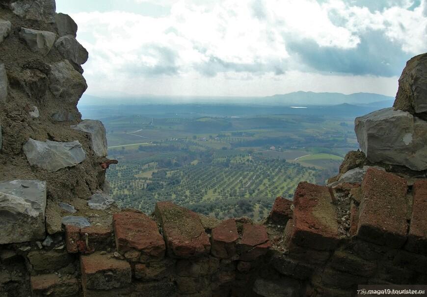 Вид на Гроссетовскую долину. Монтемасси