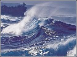 В Приморье 6 человек были унесены в море штормом