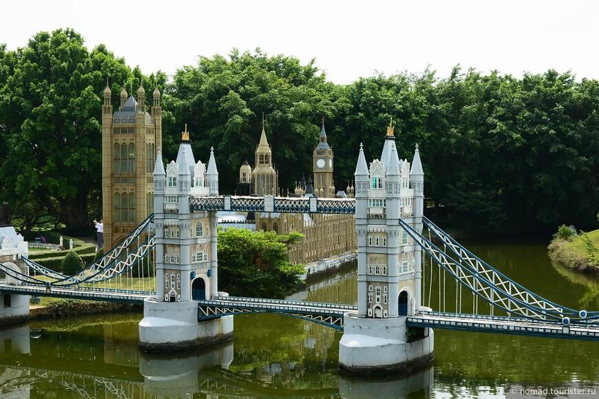 Тауэрский мост и Вестминстер, Лондон.