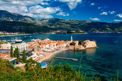 Черногории продлила срок безвизового пребывания до 90 дней