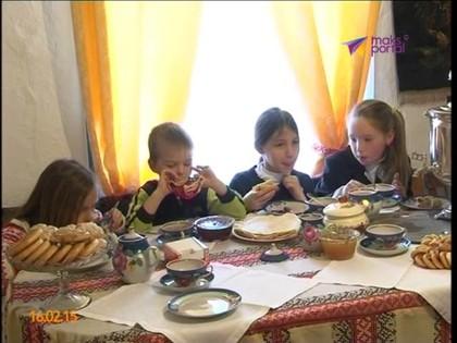 Бабушка Гегец открыла рецепт приготовления деревенских блинов, 03:34