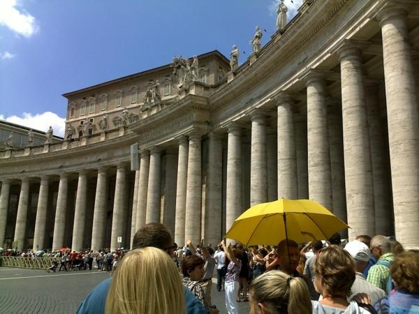 очередь в собор Святого Петра (Ватикан)