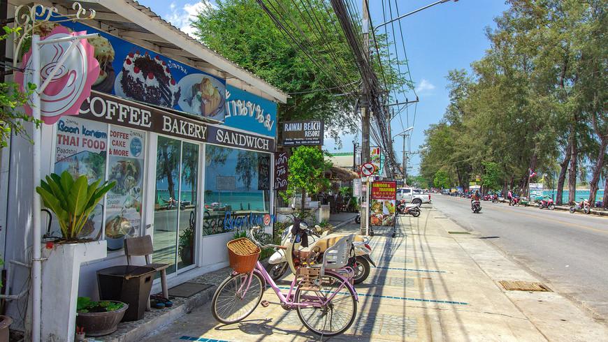 Baan Kanom Rawai – кафе на набережной Раваи, завтраки, кофе, сладости, выпечка