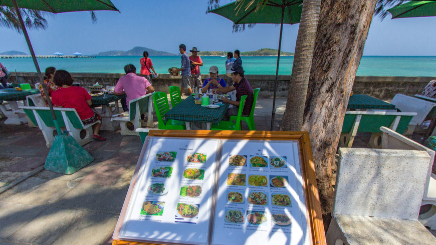 beachfront-thai-seafood-restaurants-rawai9.jpg